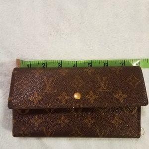 Louis Vuitton Trifold Long International Wallet